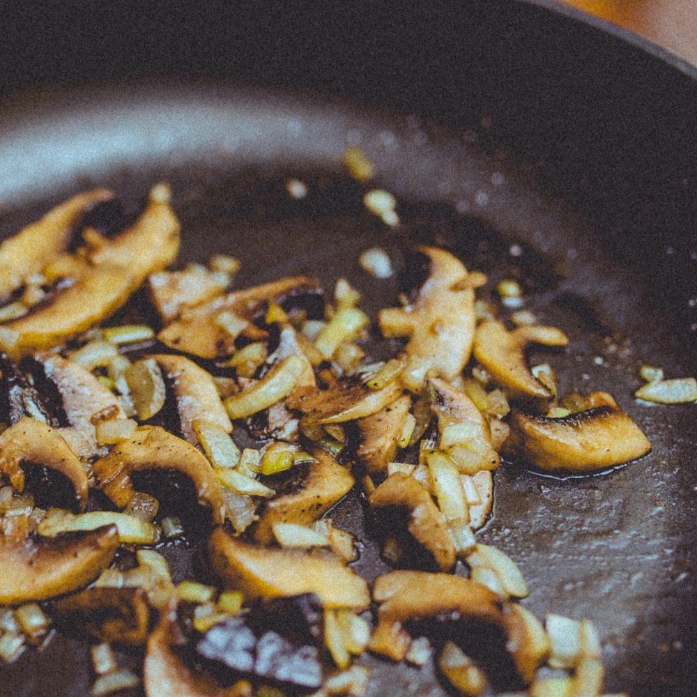Mushrooms 926272 1920